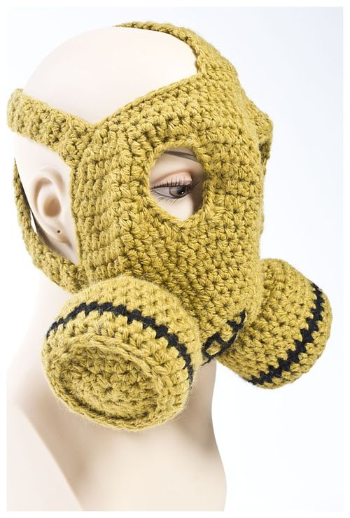 Gas Mask (olive with mannequin)