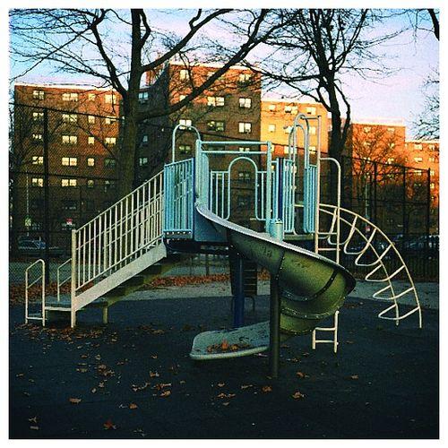 Playground_photoset_001-02