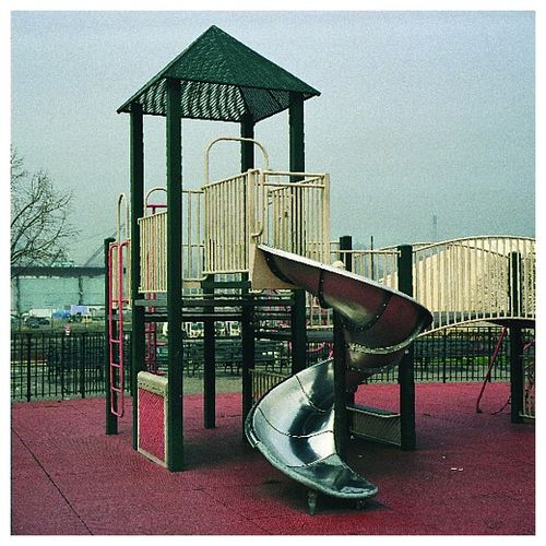 Playground_photoset_001-08