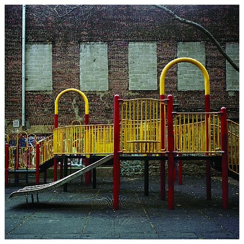 Playground_photoset_001-09
